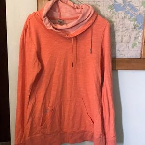 Women's Bench sweatshirt. C67